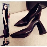 白色尖头高跟鞋粗跟女鞋婚鞋黑色工作鞋简约防水台女浅口单鞋