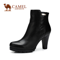 Camel骆驼 短靴新款简约高贵圆头羊皮金属条侧拉链高跟女靴