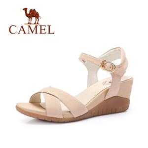 Camel/骆驼女鞋 素雅时尚 磨砂牛皮腕带搭扣坡跟凉鞋...