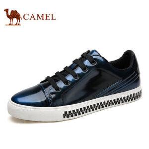 camel骆驼男鞋 新品 男士亮面潮流板鞋复古时尚滑板鞋