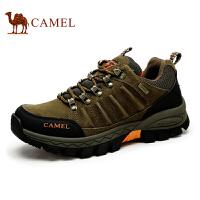 camel骆驼户外男鞋 登山鞋磨砂牛皮男士金属扣眼系带防滑秋季