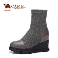 Camel/骆驼女鞋 时尚 小牛皮弹力布圆头内增高高跟套筒女靴
