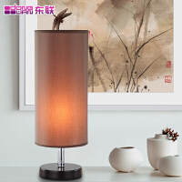 现代简约卧室台灯美式温馨床头灯创意木艺台灯布艺调光台灯MT7032