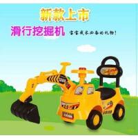 新款儿童挖掘机老挖车宝宝可坐可骑工程车婴幼助步四轮滑行玩具车